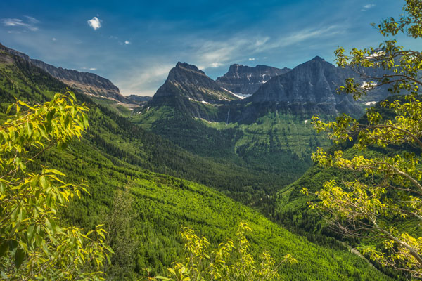 Glacier National Park: Our Favorite Easy to Access Photo Spots by Wildsight Photography. Mountain valley Montana photo